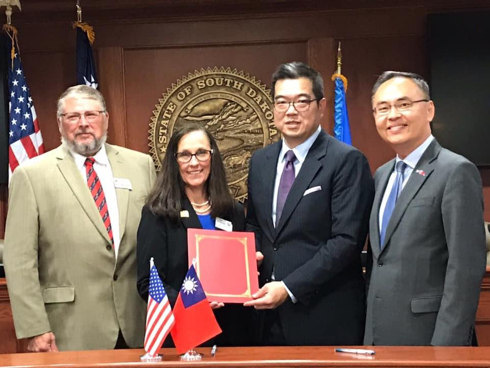 Taiwan Agricultural Goodwill Mission signed letter of intent with the State of South Dakota